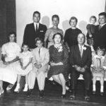 0z 1958-p-12 Frank's Family
