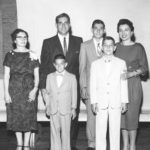 0z 1958-p-15 Giocondo's Family